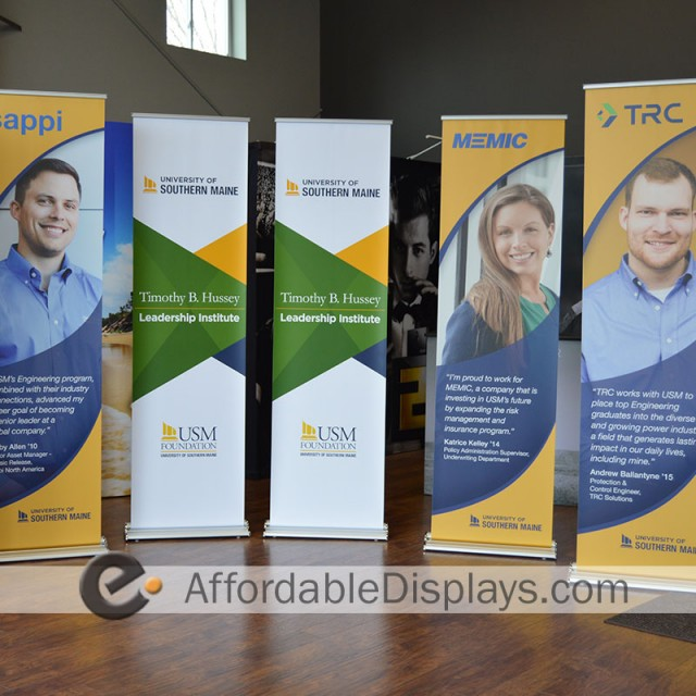 Pull Up Banner Stands, Retractable Banner Stands - USM